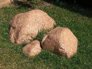 Что такое искусственный и пустотелый камень / валун?