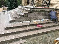 Необходимые материалы и инструменты для укладки камня