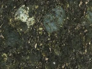 Баттерфляй Грин гранит плита (600х600х18 мм)