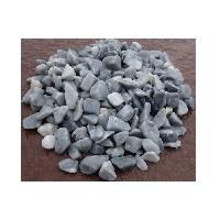 Галька серо- голубая из мраморной крошки окатанная, фракция 10-20 мм